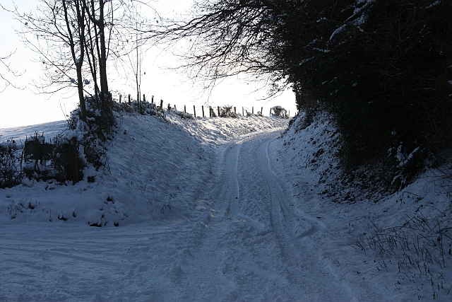 Lane to Underhills Farm in the snow