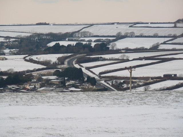 The A361 passing Dean Farm