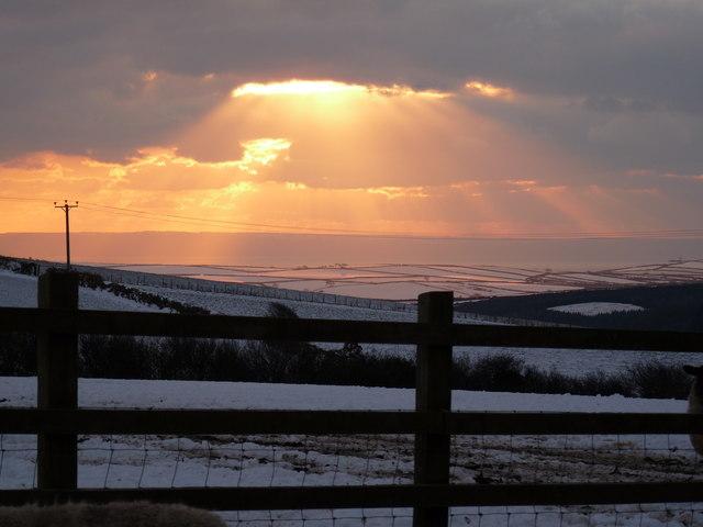Looking across hills between Braunton and Lobb towards the Clovelly coastline