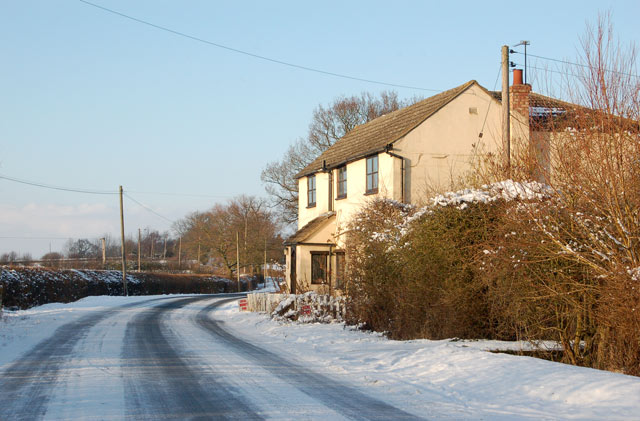 Midvale Cottage, Tomlow, in the snow