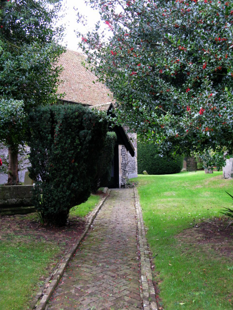 Path to St Peter and St Paul's church, Sutton