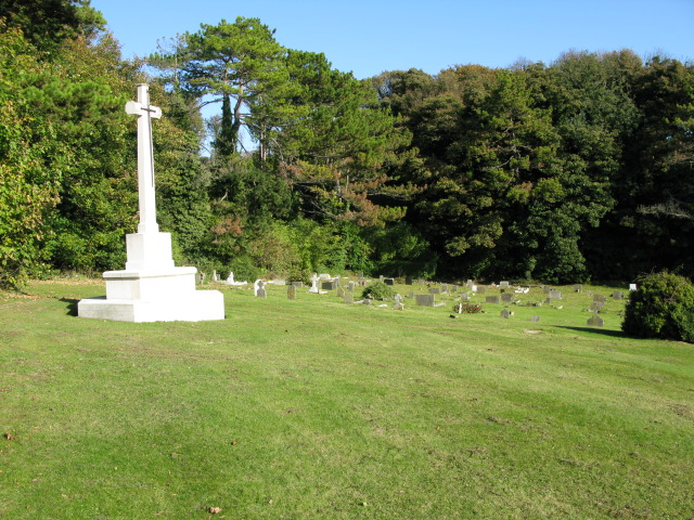 War memorial in cemetery near Buckland