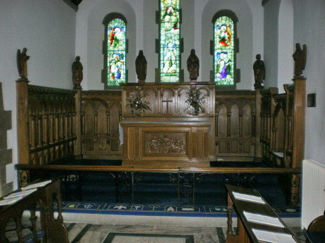 St Mary the Virgin, Oxenhope, Altar
