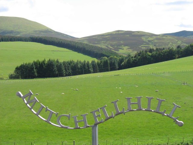 An unusual and attractive nameplate for Mitchellhill Farm