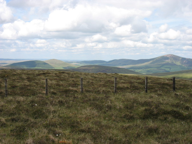 The summit area of Windgate Bank, 562m
