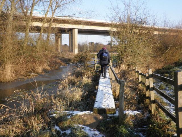 Footbridge, near the M5, at Exminster