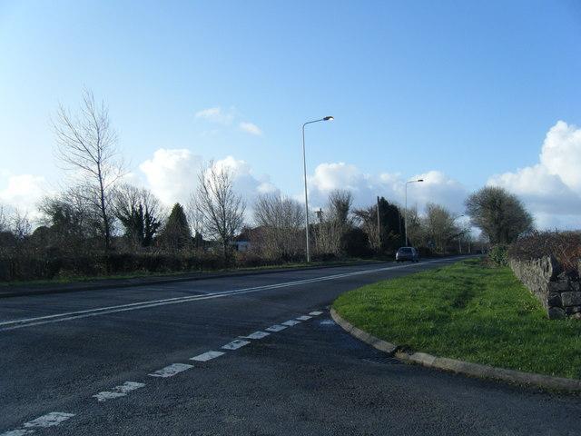 A4106 Bridgend Road looking towards Porthcawl.