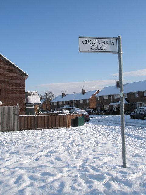 Looking from a snowy Crookham Close into Grateley Crescent