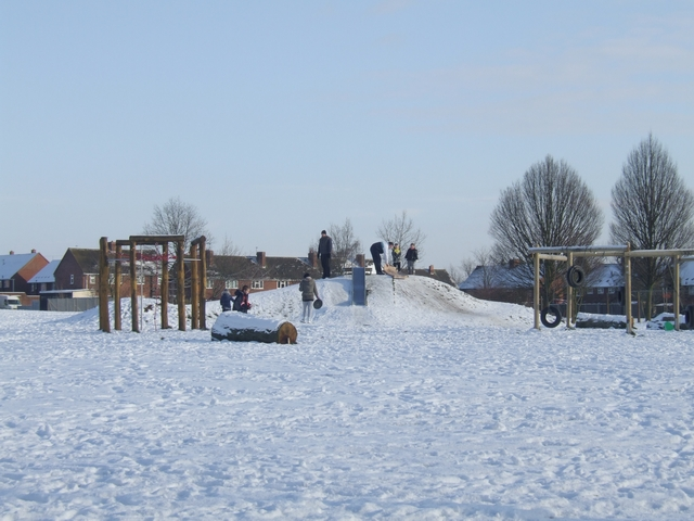 Sledging on the Long Knowle Mound