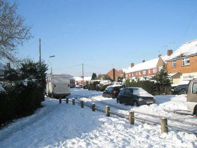 Looking from Colbury Grove into Keyhaven Drive