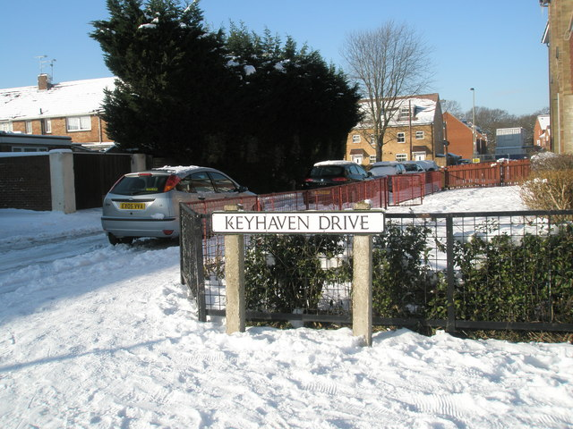 Junction of Keyhaven Drive and a snowy Linkenholt Way