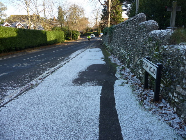 Epsom Road, Merrow
