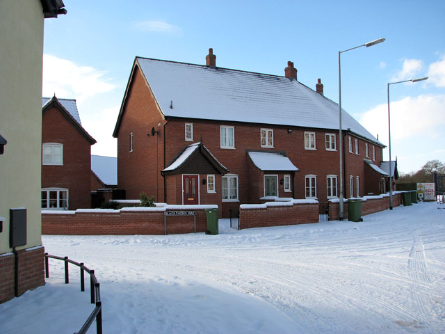 Houses by the junction of Blackthorn Way and Devlin Drive