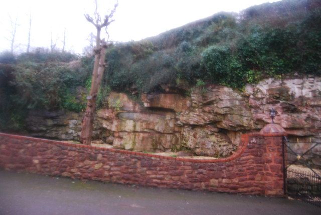 Small red sandstone cliff by the A358