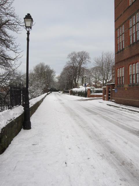 City Walls Road in front of the Queens School