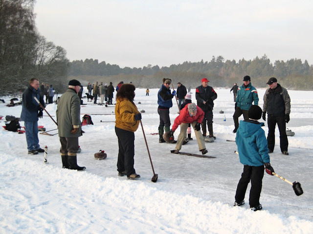 Outdoor curling on Stormont Loch