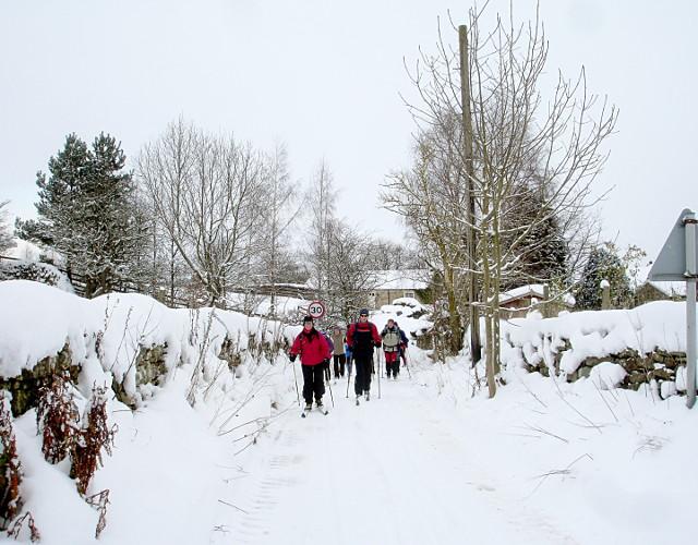 Skiing towards the Feldom ranges from Dalton village