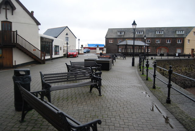 Banks of benches, Minehead Harbour