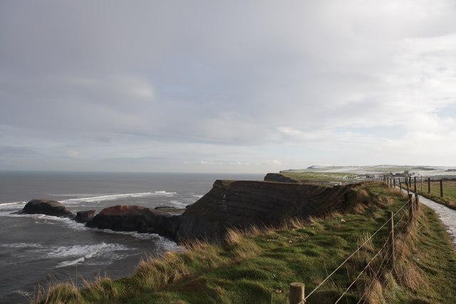 Cliff path above Saltwick Nab