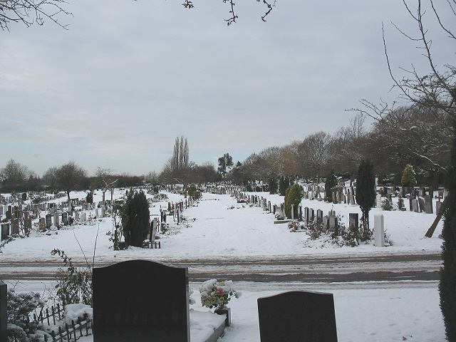 Grove Park Cemetery: later burials