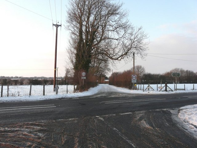 Reece Lane at its junction with the A260