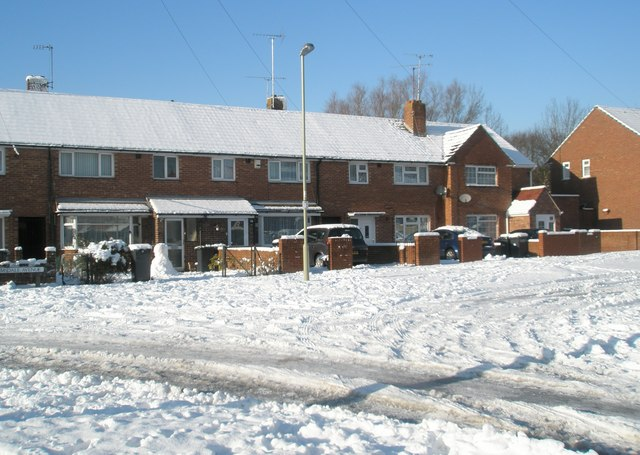 Snow covered houses in Ramsdale Avenue