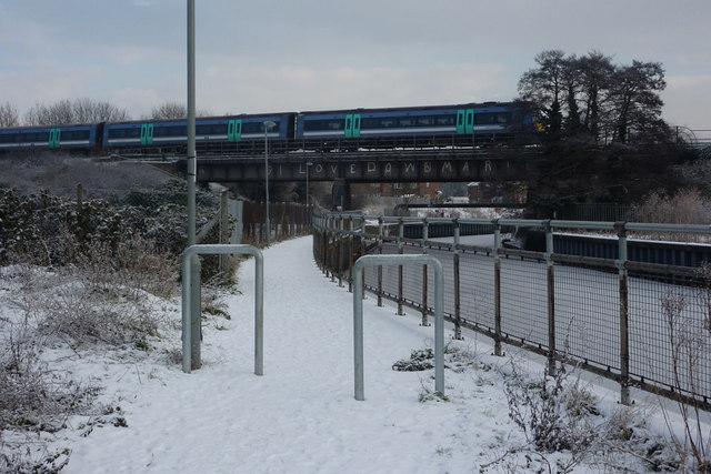 Train crossing the Gipping bridge