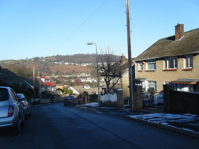 Coed-Isaf Road, Maesycoed.