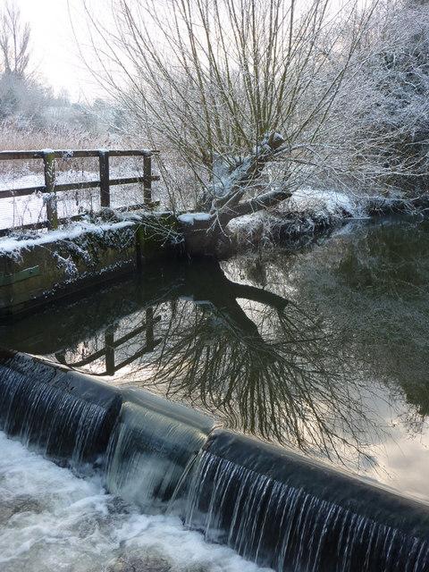 Weir on the Chantry Cut