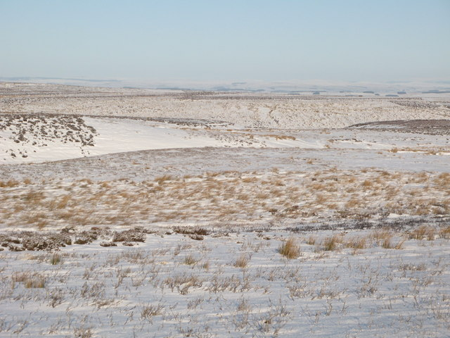 Snowy moorland between Crawberry Hill and the Foumart Hills
