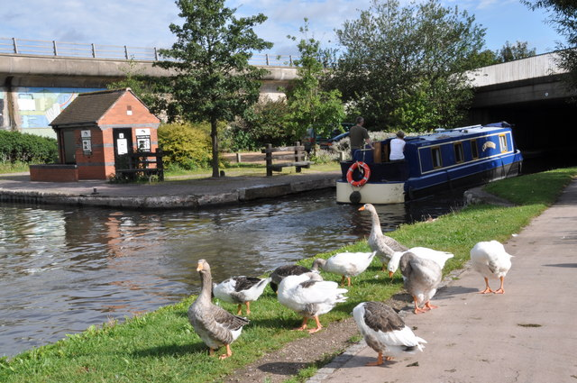 Activity on the tow path at Horninglow canal basin