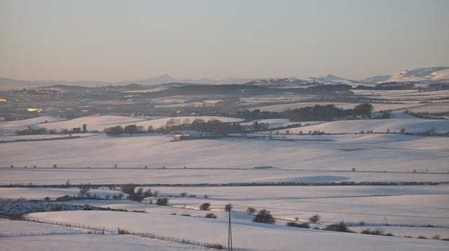 Snow covered Fife from Cullaloe Hills