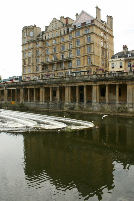 Weir, River Avon, Bath