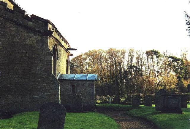 Shelton churchyard, Beds.