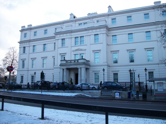 The Lanesborough Hotel entrance