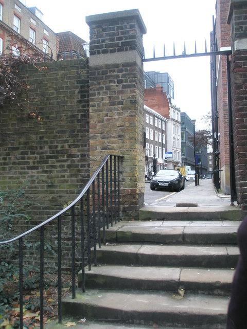 Steps up from Grays Inn into Jockey's Fields