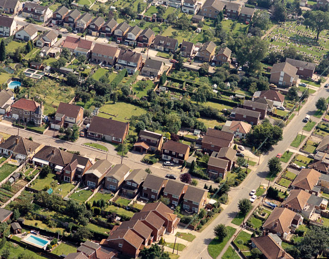 Aerial view of Jotman's Lane and the Cemetery, Benfleet