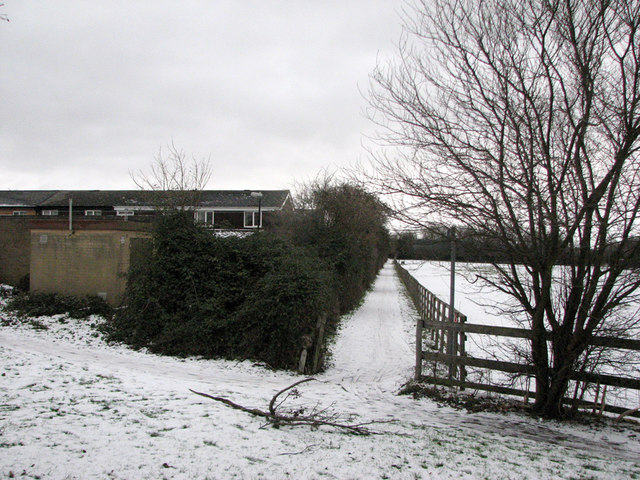 Footpath to Ditton Meadows