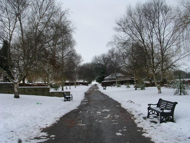 Northcliffe Park - Bradford Road