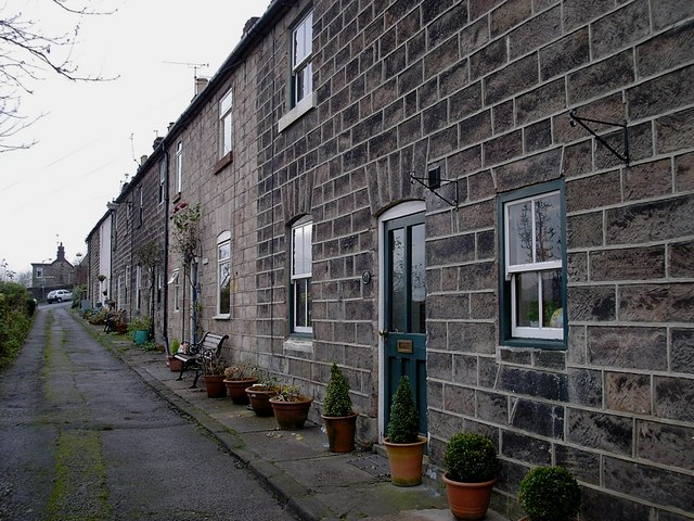 Milford - terrace on Well Lane