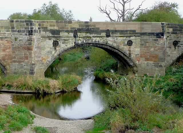 Bridge (detail) over the River Dove, near Burton-on-Trent