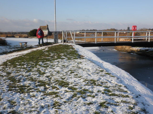 Swing bridge, on the Exeter Canal