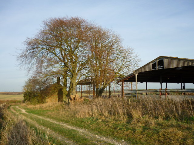 Farm buildings on Dennisford Road