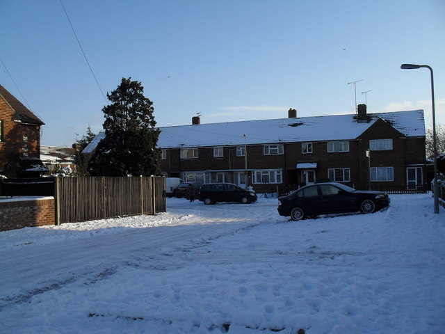 Approaching Bransgore Avenue from Boldre Close