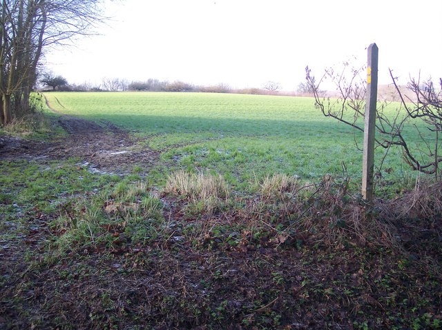 Footpath junction near Furnace Farm (2)