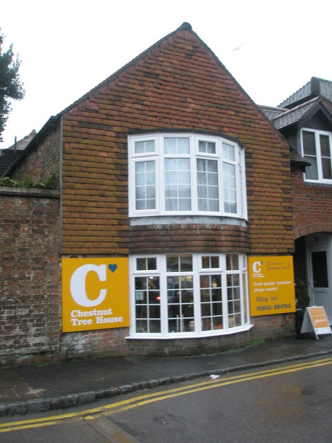 Chestnut Tree House in Arundel town centre