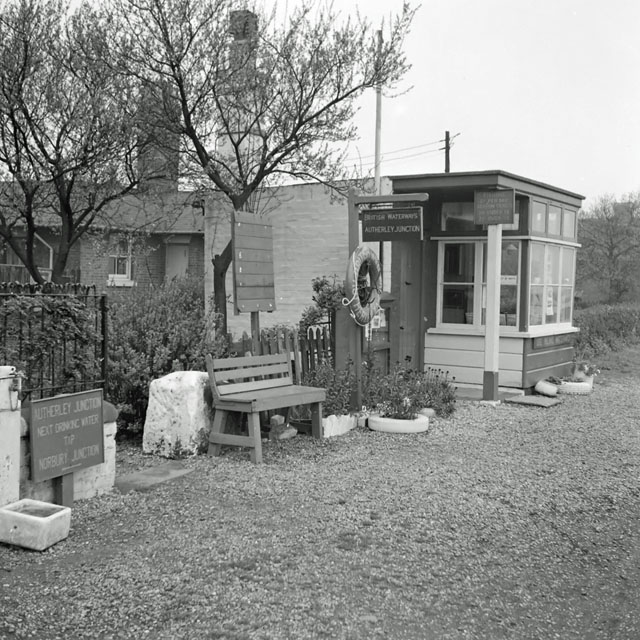 Autherley Junction toll office, 1961