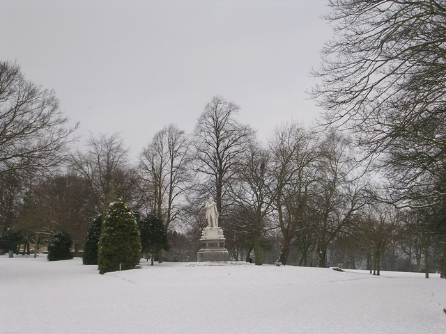Lister Park - viewed from Oak Lane entrance