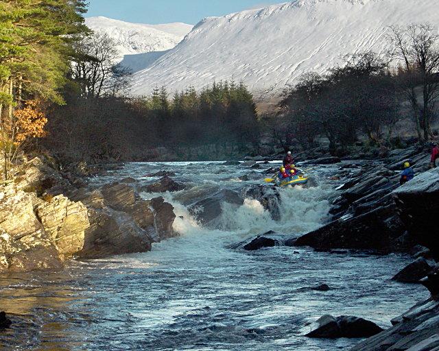 Rafting Easan Dubha in low water