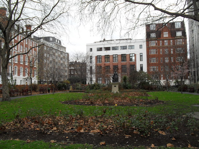 Lingering leaves in Queen Square